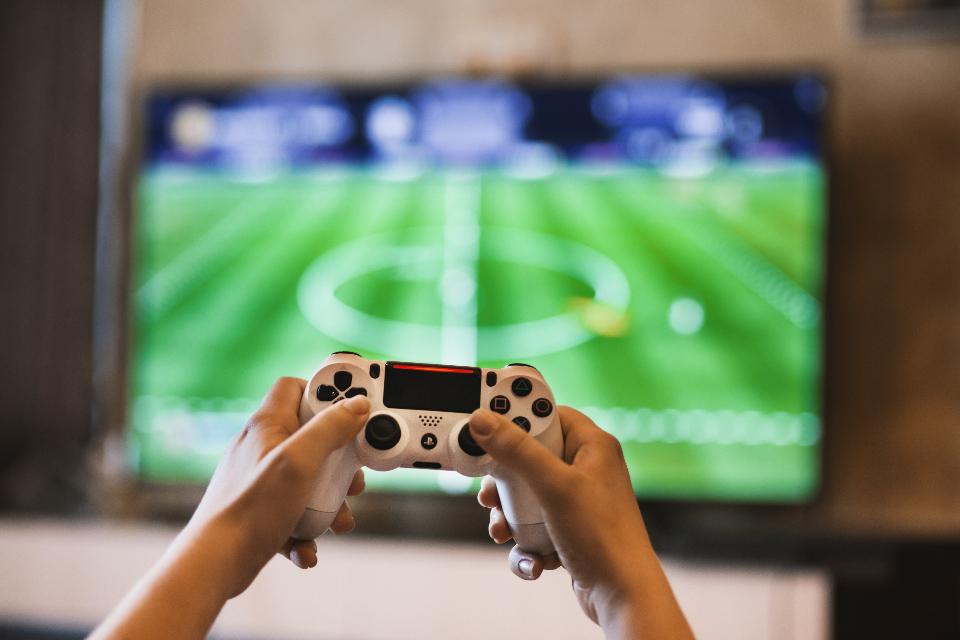 Stiahnite si zadarmo datovania hry pre mobilné telefóny
