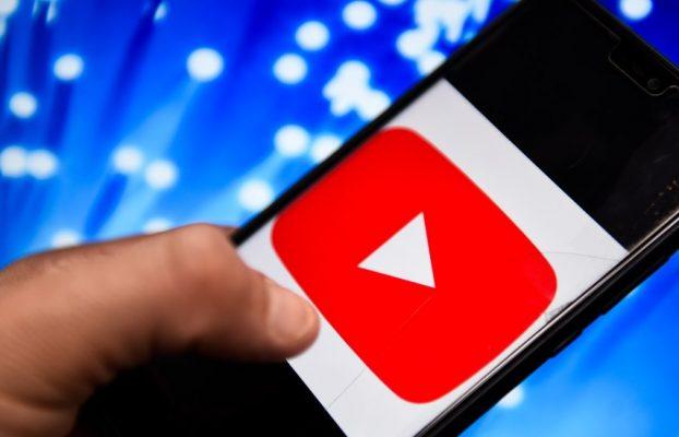 YouTube ले एक मिलियन दैनिक भ्रमणको लागि कति तिर्ने गर्छ?